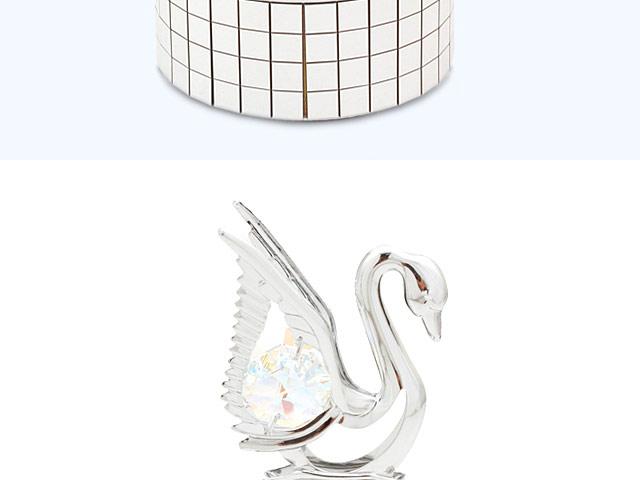Crystal Swan Rotating Music Box