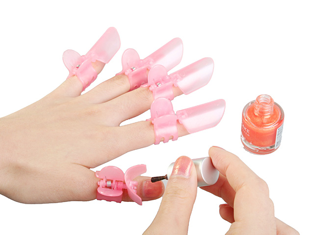 Nail Varnish Protecting Clip